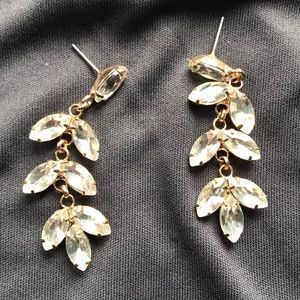 Sparkly clear stone earrings